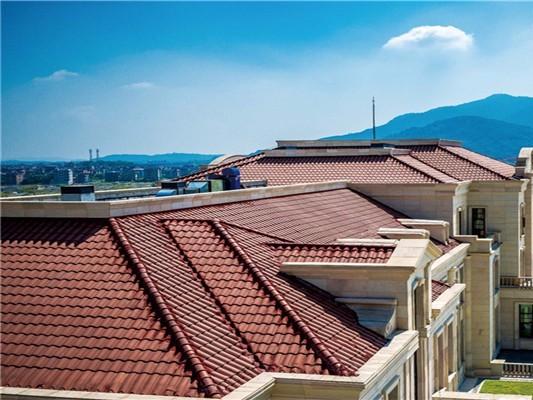 别墅屋顶翻新维修施工