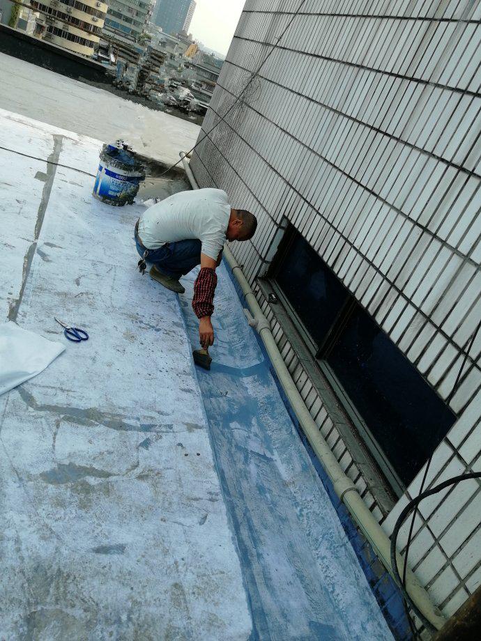 屋面防水天沟防水施工