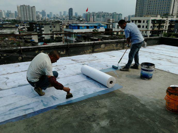 屋面防水维修一布二涂