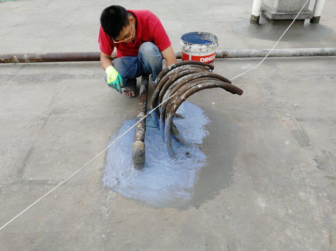 中防水涂料施工屋面局部处理