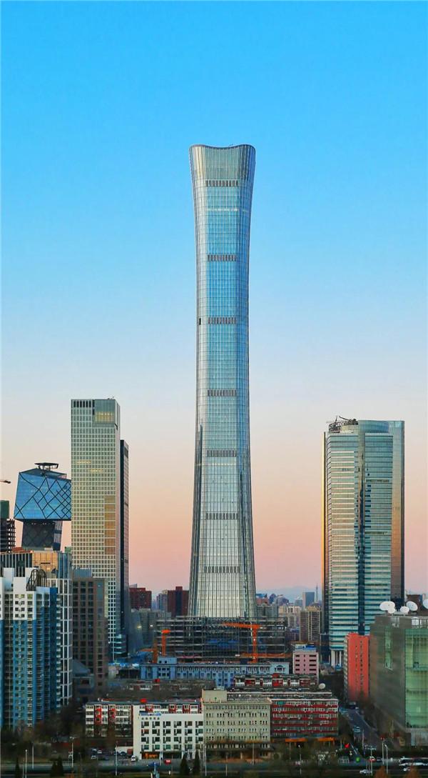 北京博赢天下施工外墙装饰装修中国尊全景