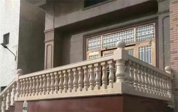 别墅翻新改造阳台扶手