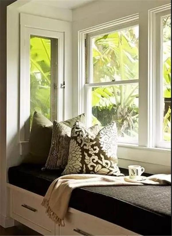 别墅阳台改造成小卧室