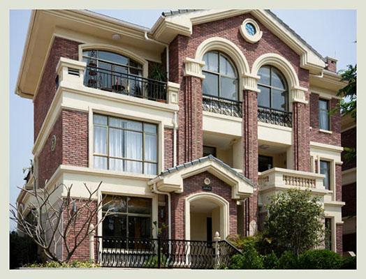 别墅改造翻新实木门窗