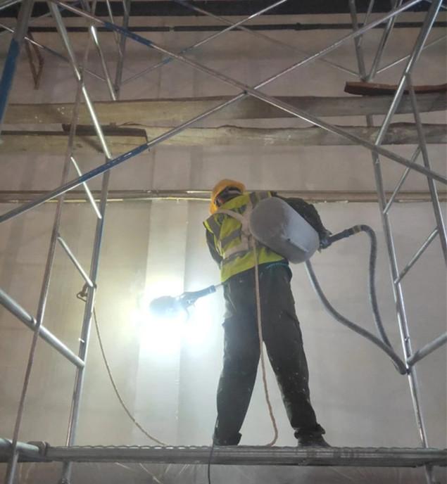 白沙卷烟厂翻新墙面施工