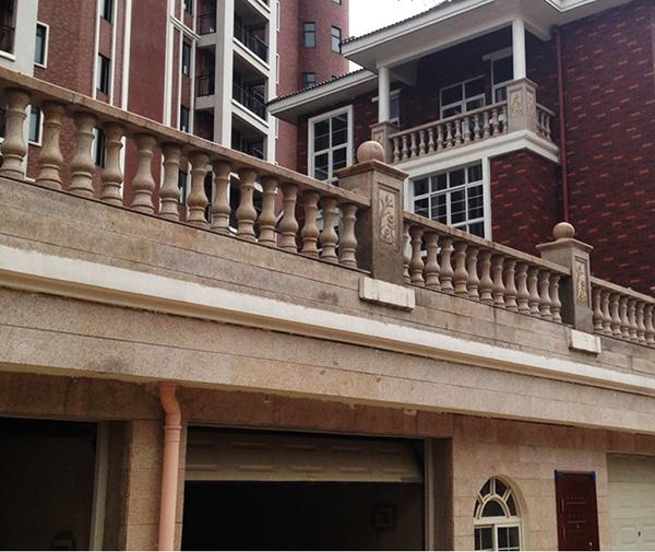 别墅翻新改造扶手安装