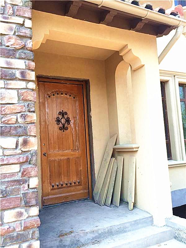 别墅入户门处文化砖施工