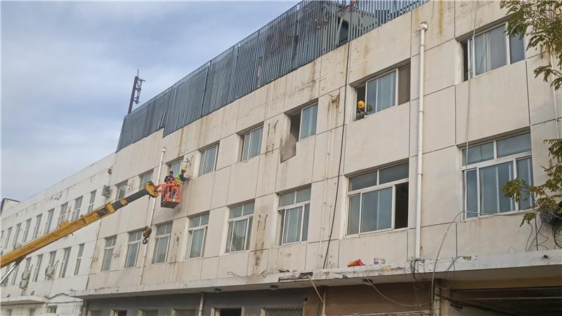 武警总队外墙翻新改造前