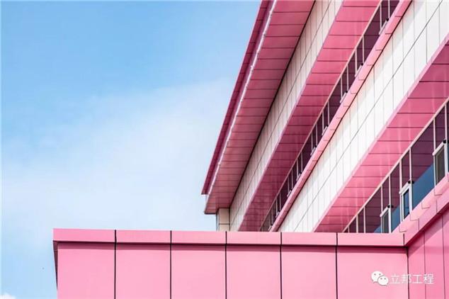 医院外墙翻新改造保温一体化板施工