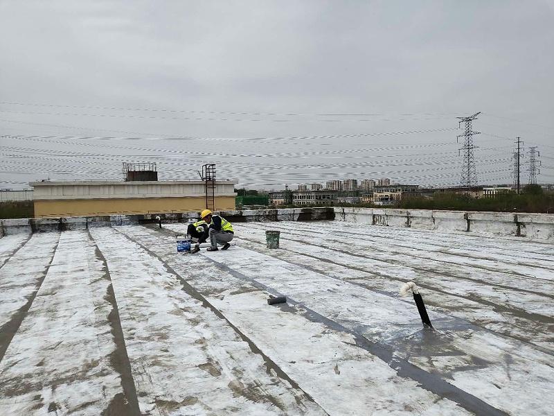 屋面维修加强层施工