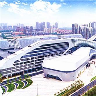 中铁青岛博览城金属屋面防水施工