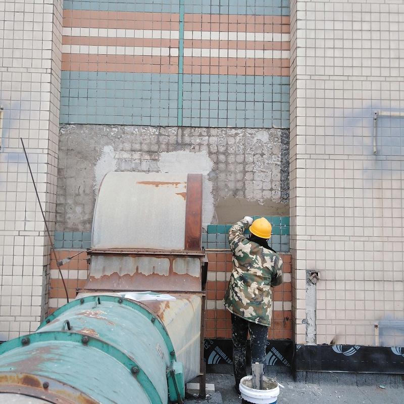 脚手架粘贴修复外墙瓷砖2