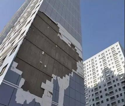 高层外墙脱落