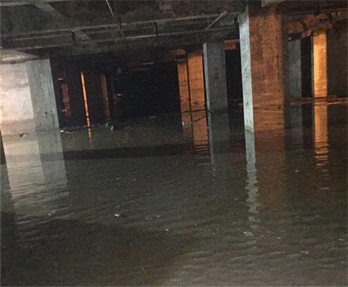 五棵松地下车库渗漏水维修.png