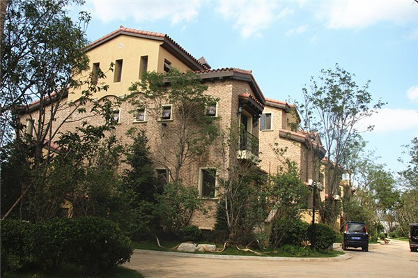 天竺新新家园别墅外墙文化砖和质感涂料效果