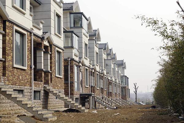 别墅室外装修——彩铝檐沟落水系统安装施工工艺
