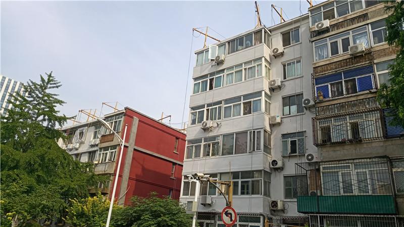 北京旧楼改造翻新批刮外墙柔性耐水腻子