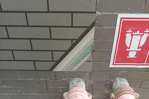 外墙维修——旧瓷砖翻新能直接施工真石漆吗