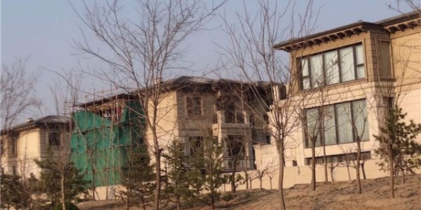 北京院子外墙阳台加建翻新