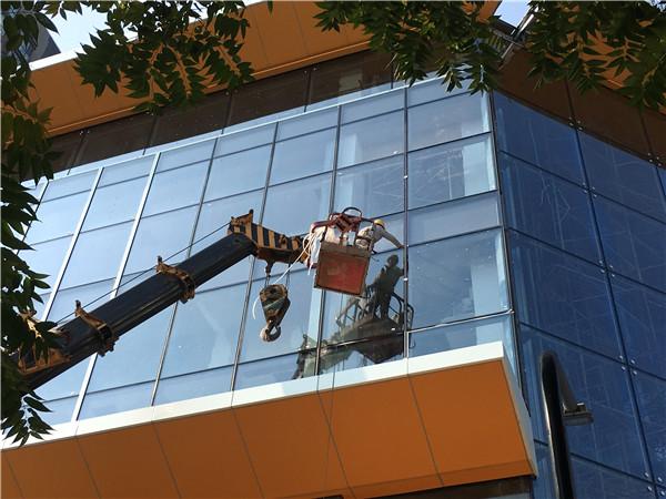 外墙维修玻璃幕墙
