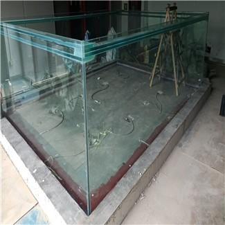 玻璃水池渗漏水维修施工.jpg