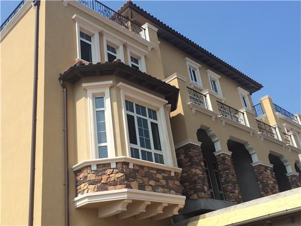 别墅外墙真石漆翻新